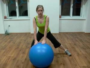 Fitball - stehenní a hýžďové svaly